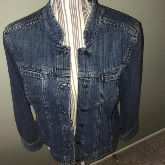 J. Jill Jackets & Blazers - J.Jill jean jacket rounded collar